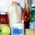 V hladilniku naredi prostor še za ovseno mleko. (foto: Eric Cahan, www.shutterstock.com, Aleksander Štokelj, jeffrey westbrook/studio d, promocijski material)