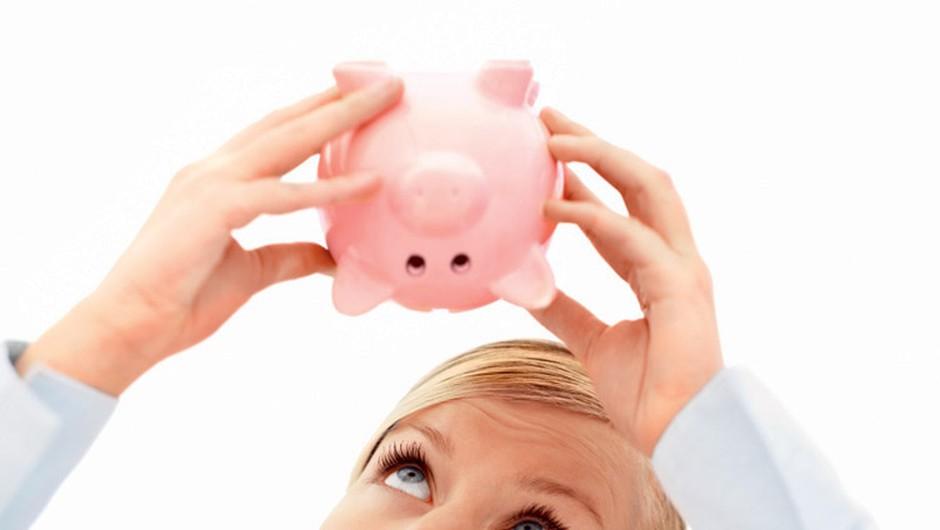 Če še ne varčuješ, pomisli, kaj vse lahko dobiš za ta denar. Mamljivo, ali ne? (foto: www.shutterstock.com)