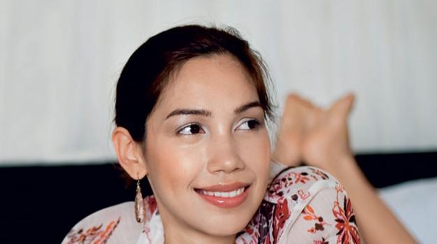 Največje uporabnice FB-ja pri nas so samske ženske. (foto: www.shutterstock.com)
