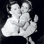 Ko je s svojo mamo zaigrala v filmu In the Good Old Summer Time, je bila stara komaj tri leta. (foto: Story arhiv št. 2/2011)