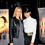 Namestnica urednice revije Story Andreja Freyer in stilistka Petra Rozman sta navdušeni nad špansko kozmetiko.  (foto: promocija, Lea)