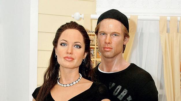 Voščena družina Angelina Jolie z dojenčico Shiloh. (foto: profimedia.si)