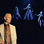 Pia Zemljič v (in o) Čarovnicah iz Eastwicka (foto: Promo Nova)