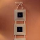 Zloženka za tri slike, okvirji Mangala, 28 €.