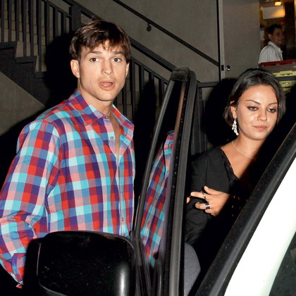 Ashton Kutcher in Mila Kunis