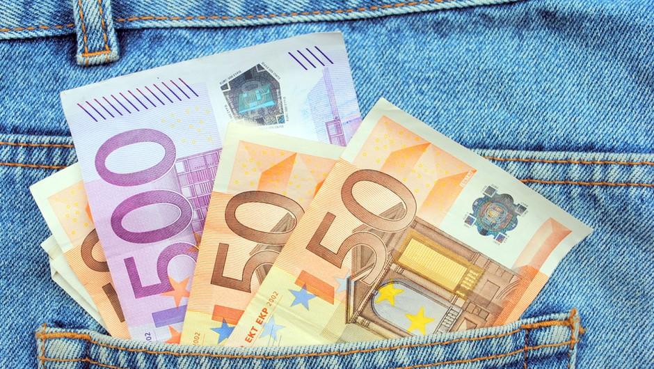 Razmišljaš o kreditu ali depozitu? Primerjaj ponudbo! Izplača se! (foto: shutterstock)