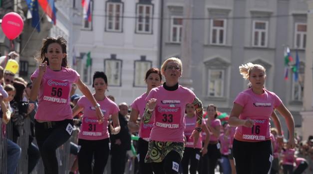 Cosmopolitanov tek v petkah v središču Ljubljane. (foto: Aleš Pavletič)