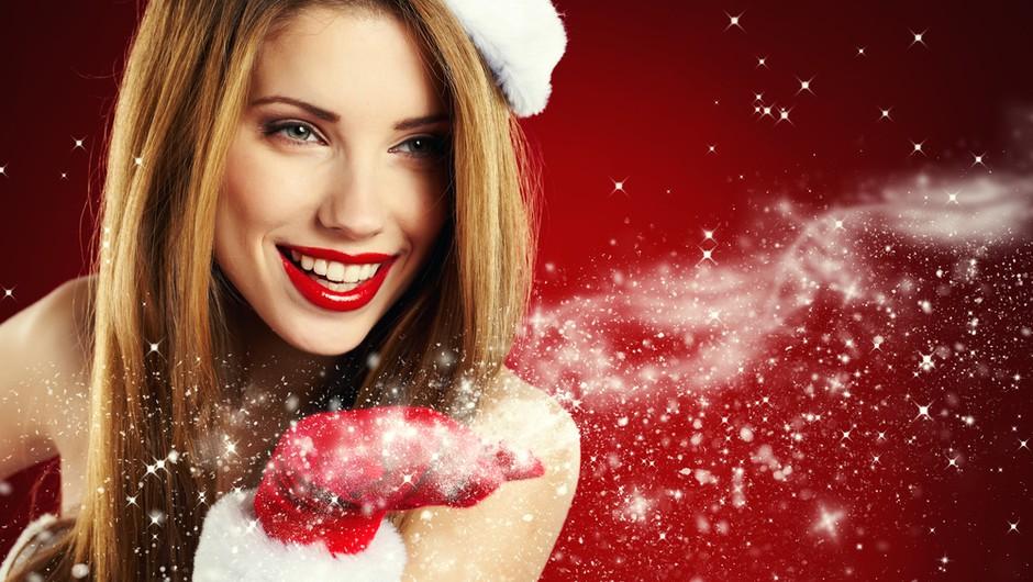Decembrski Cosmopolitan prihaja z darilom (foto: shutterstock)