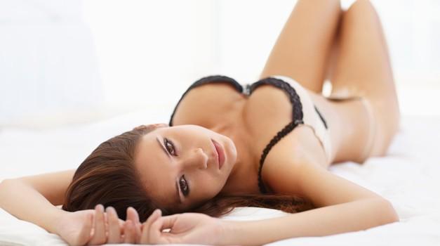 Je v postelji zares zadovolj(e)na? (foto: shutterstock)