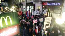 Fotogalerija z vseslovenske vstaje in protestivala v Ljubljani