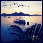 4. Zavidljivo občudovale Nikino kartico s Filipinov.