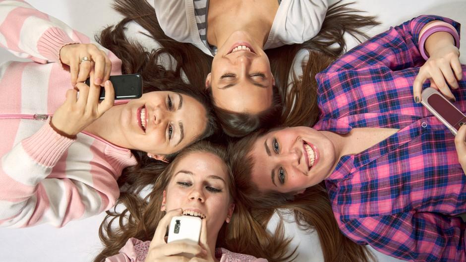 Na dan varne rabe interneta tudi o mobilnih napravah (foto: shutterstock)