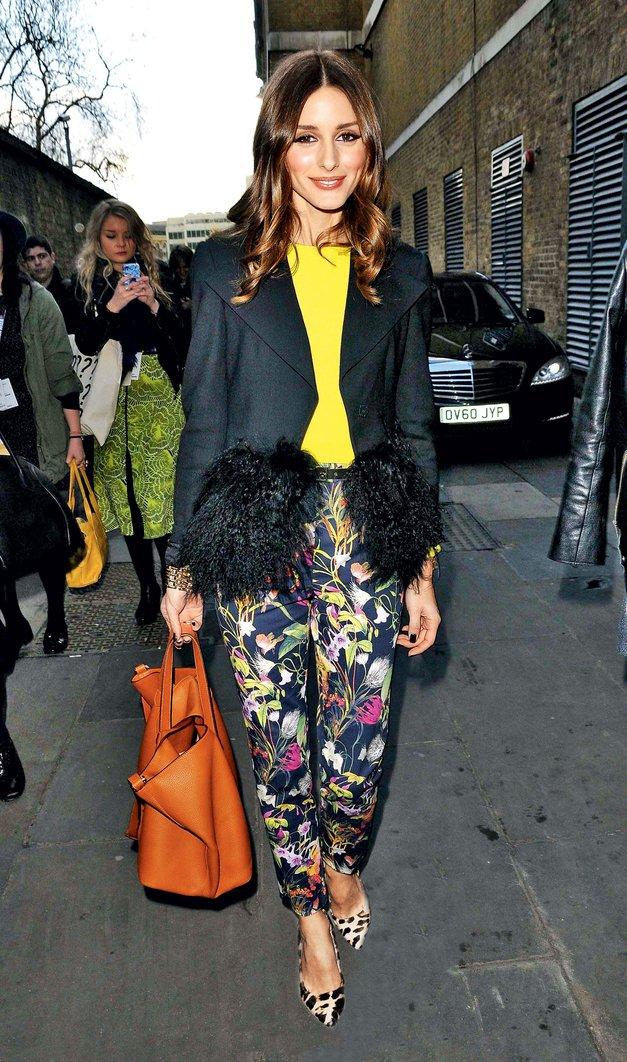 Olivia Palermo je cvetice še poudarila z rumeno barvo in jih drzno podčrtala z živalskim vzorcem.