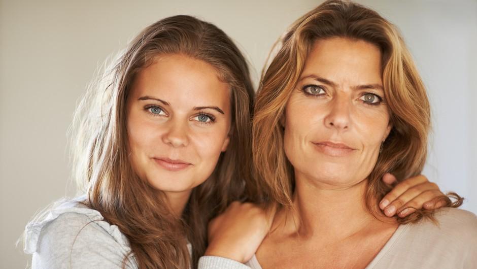 Nagradni foto natečaj: Jaz & moja mama! (foto: shutterstock)