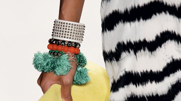 Zanimiva pomladanska manikira (foto: Stuart Mckenzie/Eyecandy.co.ok, all-about fashion)