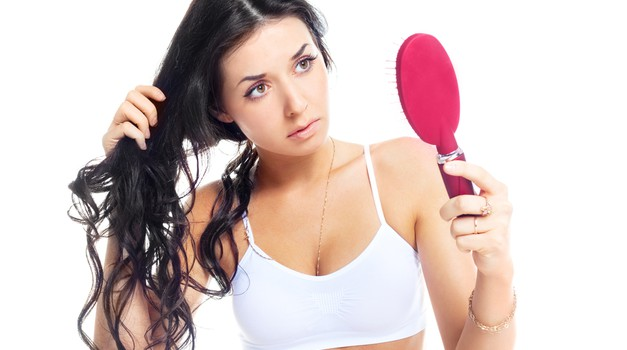 Kako s svojih lepih las otreseš ves prhljaj (foto: shutterstock)