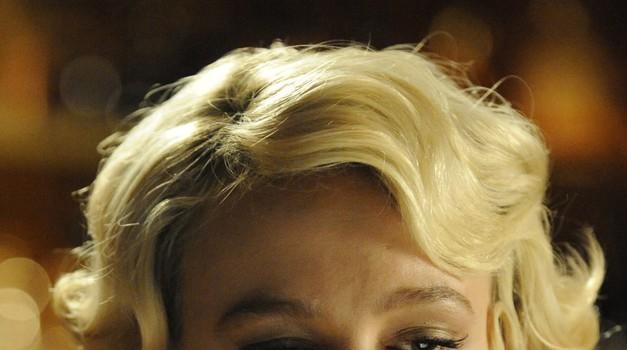 Carey v vlogi Sissy v filmu Sramota. (foto: listal)
