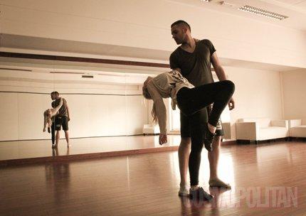 Dennis pleše
