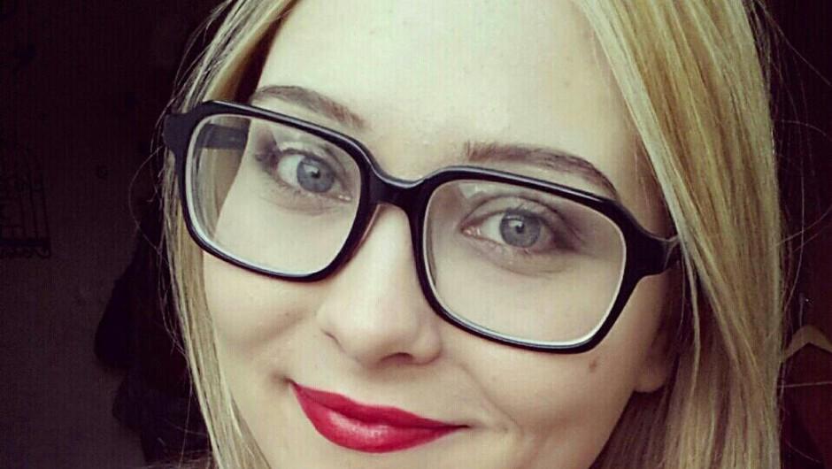 Sandra, ki obožuje ličila in lake za nohte, bo s tabo delila svoj najljuši pomladni makeup videz. (foto: Sandra)