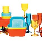 Set plastičnih posod, kozarcev in krožnikov, Ikea (0,79–3,99 €) (foto: promocijsko gradivo, Primož Predalič)