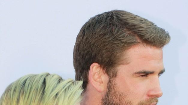 Miley in Liam dokazala, da sta še vedno skupaj (foto: Profimedia)