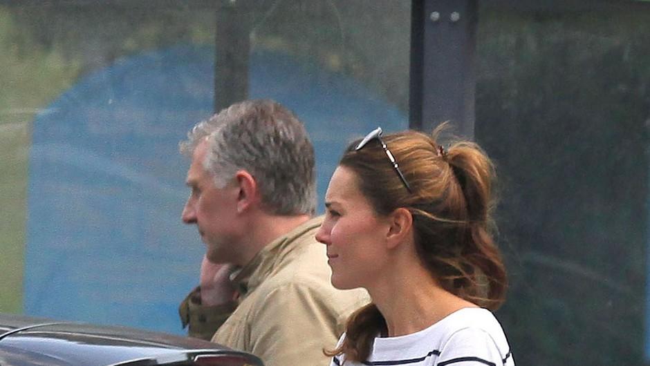 Prve fotografije Kate Middleton po rojstvu sina Georga (foto: profimedia)