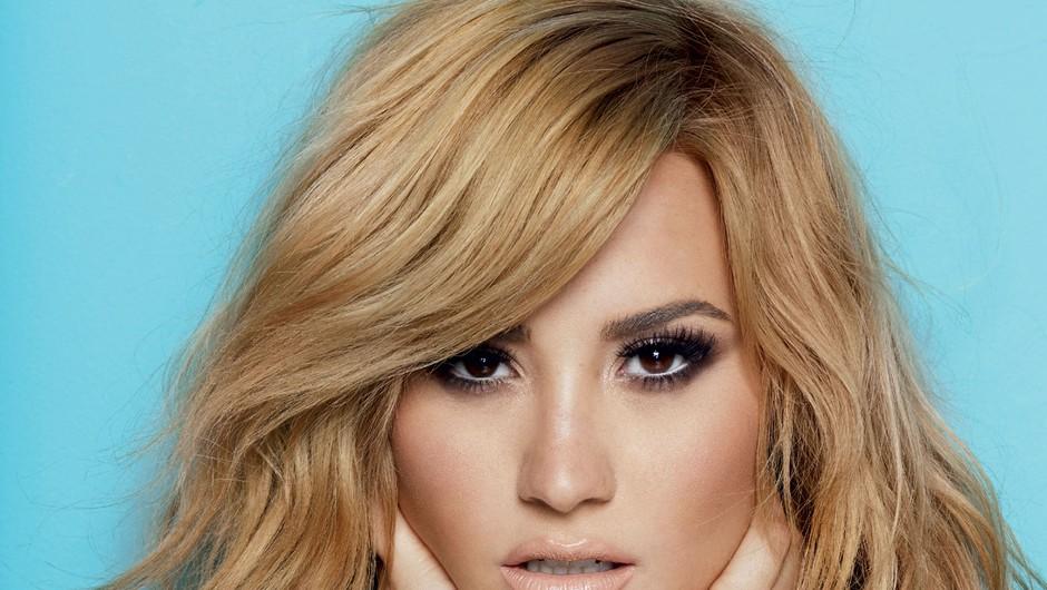 Demi Lovato jih ima 21 (foto: Matt Jones)