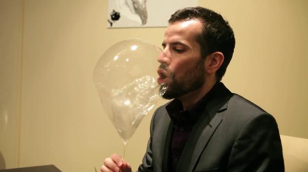 Balon za desert (foto: Alinea Restaurant @ YouTube)