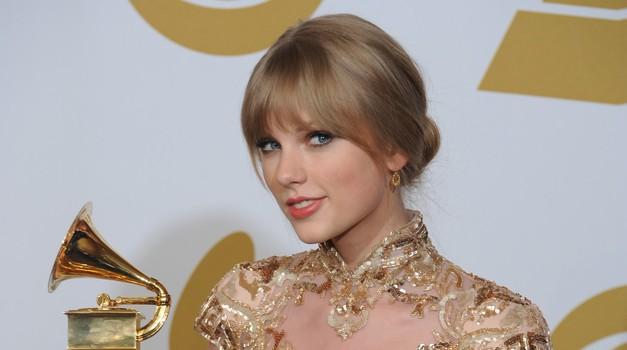 Taylor Swift se podaja v igralske vode (foto: profimedia)
