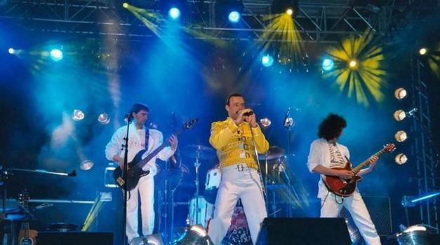 Queen tribute - The Bohemians v Cvetličarni