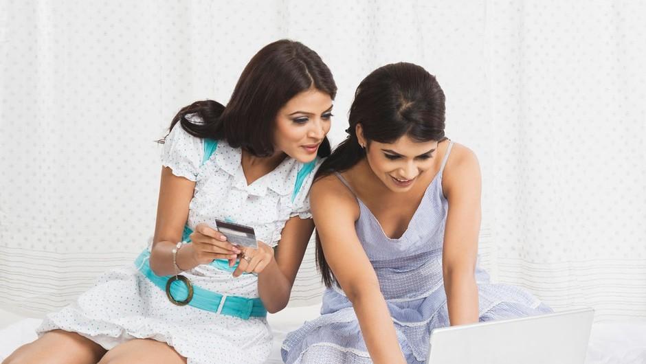 Spletne trgovine: Z nekaj kliki do nove garderobe (foto: profimedia)