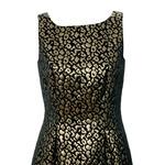 Obleka, Comma (139,99 €) (foto: Iris Brosch, Primož Predalič, promocijsko gradivo)