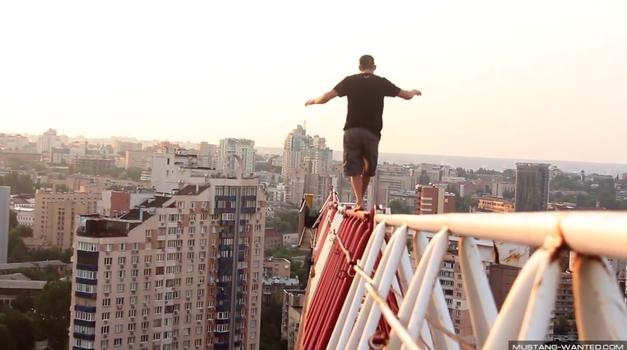 Gravitacije se v Ukrajini ne bojijo (foto: YouTube)