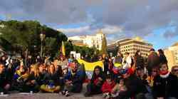 Z madridskih ulic v podporo protestnikom v Venezueli