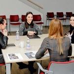 X-team bo sestavljalo 6 vizažistk. Med kandidatkami ni bilo čutiti konkurenčnosti, saj so od prve (Anje) naprej vsi pogovori potekali v sproščenem vzdušju. (foto: Aleš Pavletič)