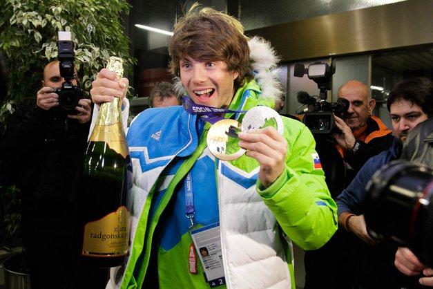Iz Sočija se je vrnil tudi drugi del olimpijcev (foto: Goran Antley)