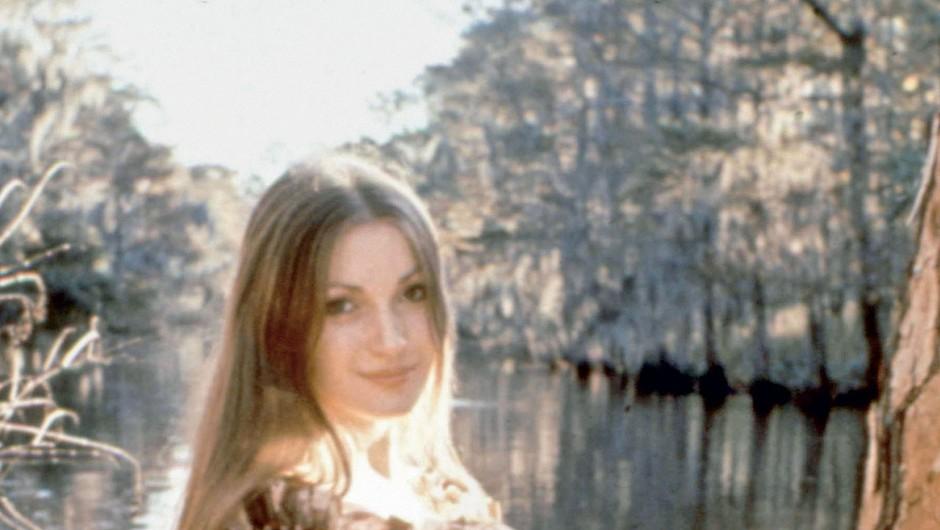 Jane Seymour je leta 1973  zaigrala v Bondovem filmu  Živi in pusti umreti. (foto: Profimedia)