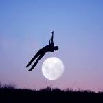 Umetnik, ki ga nosi luna, pa tudi on njo! (foto: profimedia)
