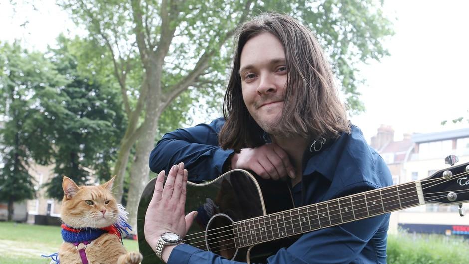 Potepuški maček Bob - najbolj slaven britanski maček (foto: profimedia)