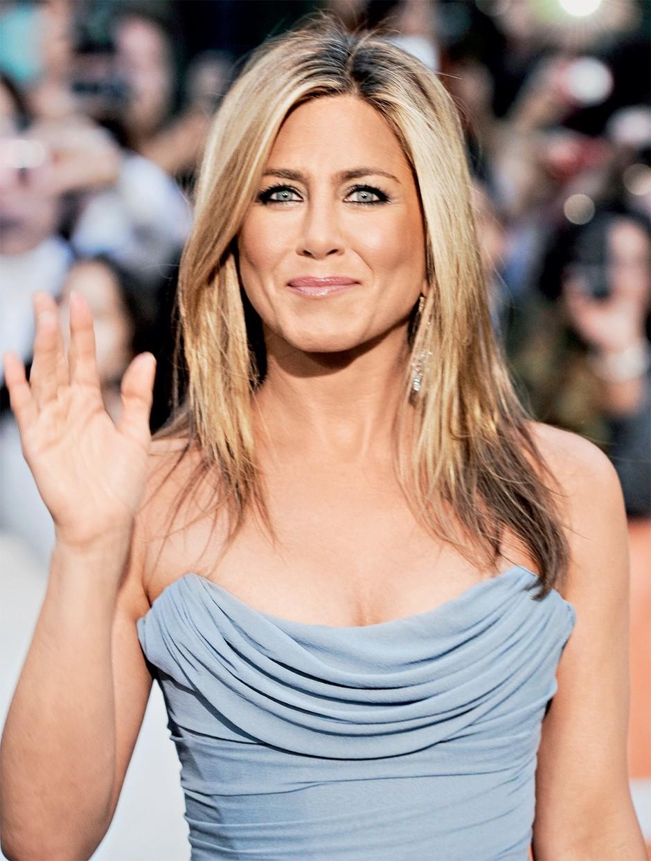 Trenerka Jennifer Aniston je razkrila, kaj zvezdnica počne za svojo zavidljivo postavo (vaje)
