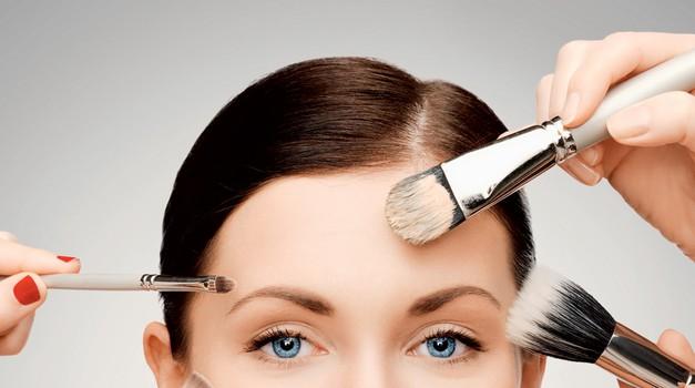 Osnove tvojega ličenja (foto: Shutterstock, petra cveblar, primož predalič)