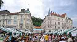 Poletna vinska razvajanja v stari Ljubljani