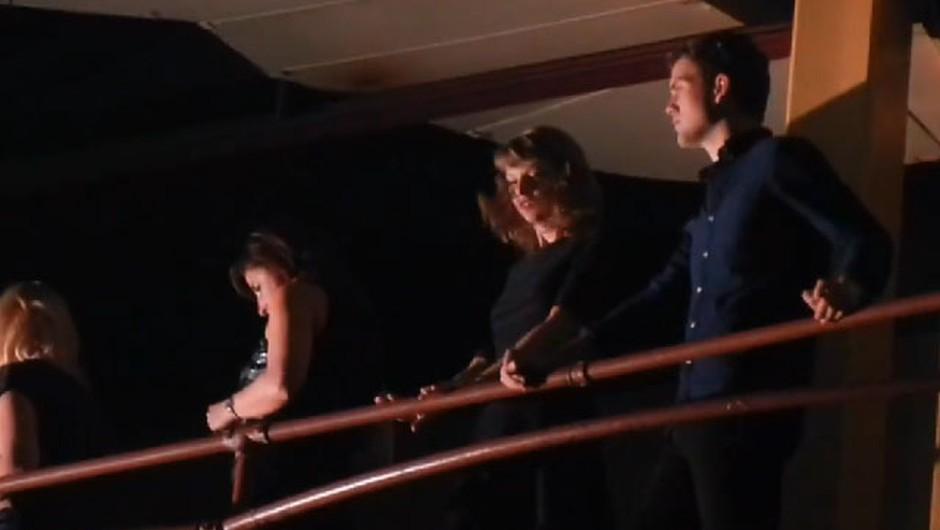 Ti samo uživaj, draga Taylor (foto: YouTube)