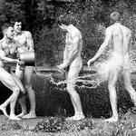 Izjemne fotografije golih veslačev in dvojna morala Facebooka! (foto: profimedia)