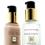 Max Factor Facefinity All day flawless 3 in 1 (12,99 €) (foto: Kayt Jones)