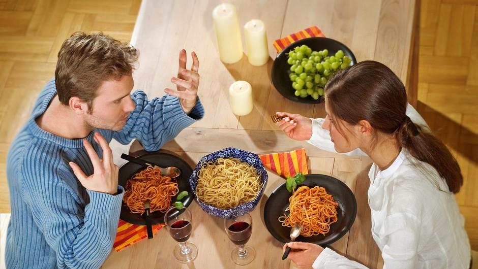 Isti okus za hrano, a različna politična prepričanja. Pa bo to šlo? (foto: profimedia)
