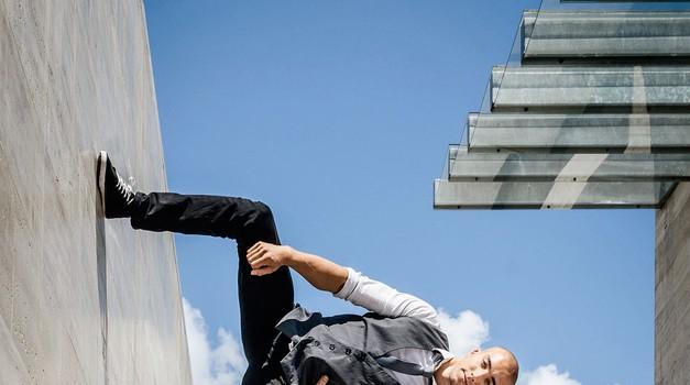 Filip Kržišnik in Blaž Slanič: Akrobat na kvadrat (foto: Nikola Janušič)