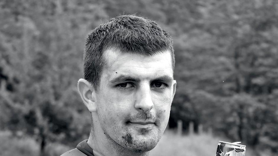 Spoznaj Miho Špindlerja: najbolj divjega slovenskega motorista (foto: Uroš Podlogar, Tina Torelli)
