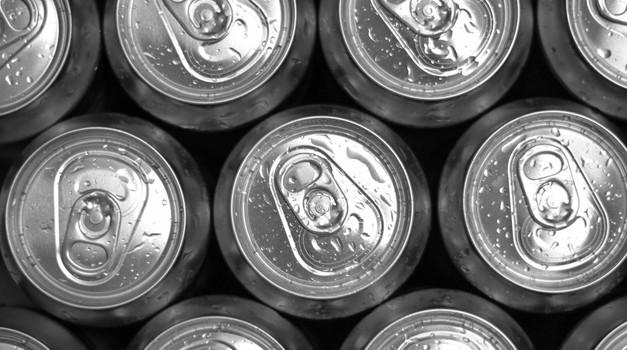 ZPS o davku na sladkane brezalkoholne pijače (foto: profimedia)