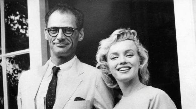 Tretji soprog, dramatik Arthur Miller, je Marilyn pošiljal zelo erotična pisma.  (foto: Profimedia)